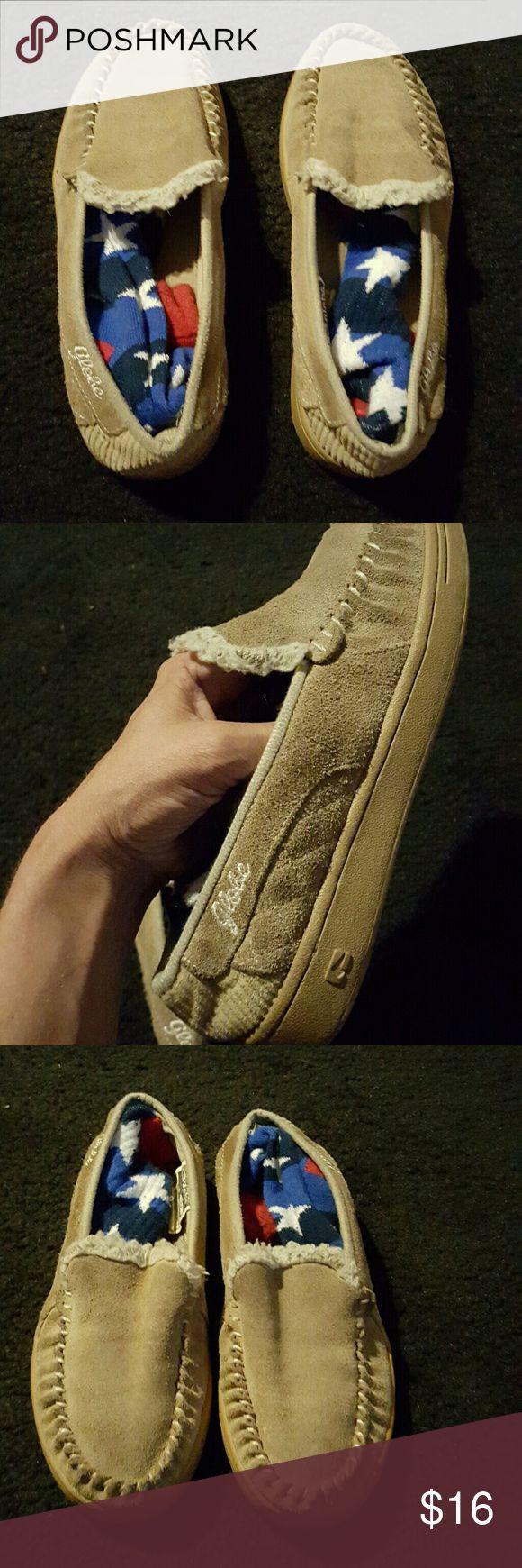 GLOBE Shoes GLOBE brand slide ons. Castro-Femalea. Size 7 [I keep socks inside the shoes to help keep form] Globe Shoes