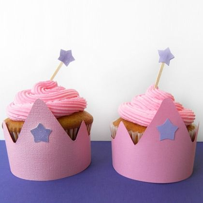 What little girl wouldn't love these cupcakes. So adorable and easy to make.