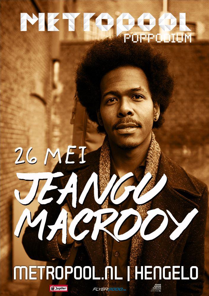 vrijdag 26 mei | Jeangu Macrooy | Op zijn dertiende kreeg hij van zijn ouders zijn eerste gitaar en twee jaar later begon hij samen met zijn tweelingbroer Xillan eigen nummers te schrijven.