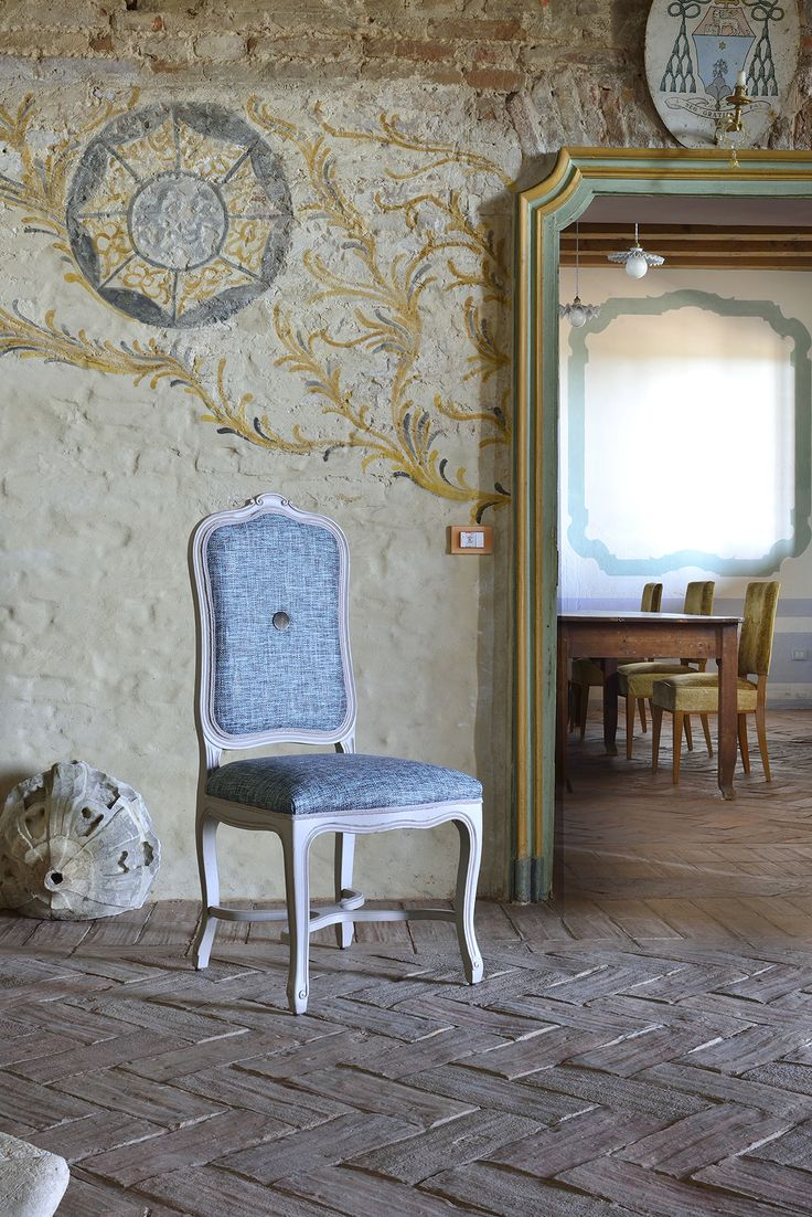 Elisabeth chair. Designed by Venetasedie.  Beautiful shabby chic chair from the new Venetasedie collection.  Loving the tipically Italian location.