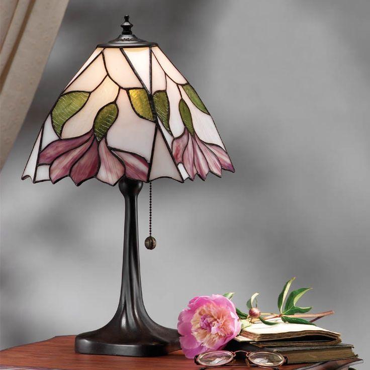 Lampada da Tavolo Tiffany / Abatjour Tiffany con fiore Viola, sfondo Bianco - Tiffany Sicuro