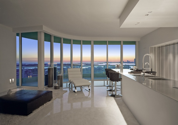 Private penthouse in Miami, USA with Kreon architectural lighting.