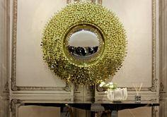 Creative Design For a Wall Mirror | www.bocadolobo.com #bocadolobo #luxuryfurniture #exclusivedesign #interiodesign #designideas #mirrorideas #creativemirrors #originalmirrors #mirrordesigns