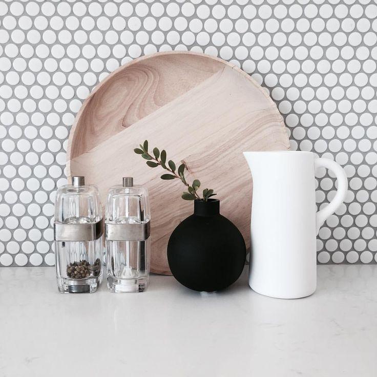 @stylingbytiffany on Instagram: kitchen details salt & pepper splash back penny round tiles