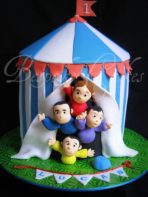 Wiggles come to the circus by Bespoke Cakes