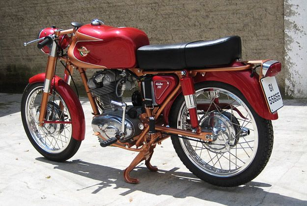 ducati-elite-2: Italian Motorcycles, Classic Bikes, Motorcycle Cars, Classic Motorcycles, Ducati 200, Motorcycle Design, 200 Elite, Design Motorcycles, Elite Classic