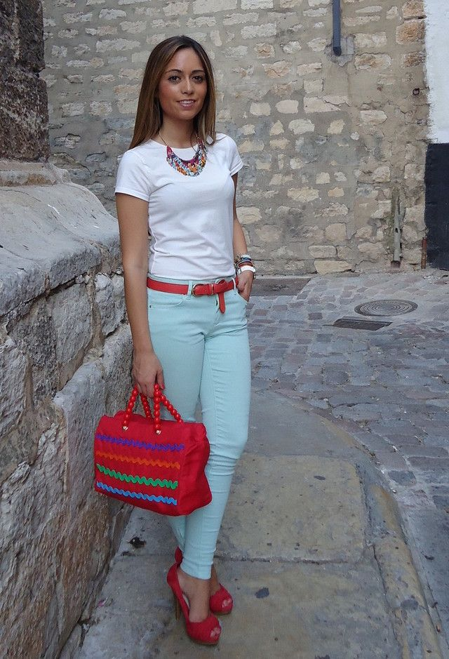 Brighten Up Your Spring Wardrobe With Colored Jeans-- this is a cool color blocking idea