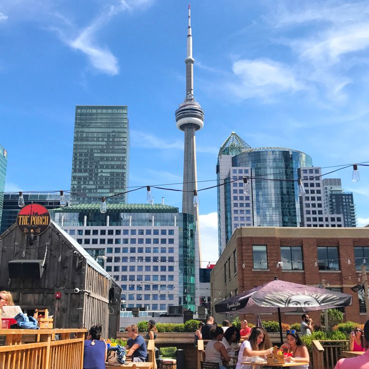 I almost never write about the place that is my home. It was time to change that. Why should you visit #Toronto? Let me tell you. #travel #Canada #travelinspiration