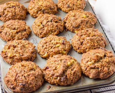 ArtandtheKitchen: Fuel to Go Muffins - substituting with Bob's Red Mill GF baking mix.