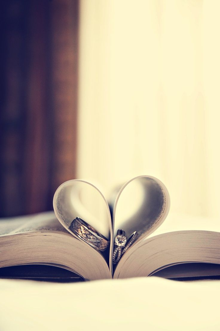 Perfect heart! Photo by Sara C. #weddingphotographerminnesota #weddingdetails #weddingrings