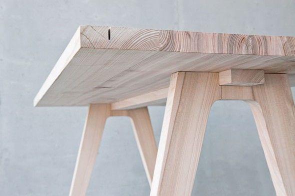 Worknest est un plan de travail artisanal, modulaire pour les gens créatifs conçu par Wiktoria Lenart. Cet ensemble est conçu pour améliorer les conditions de travail en ajoutant un peu de touche p…