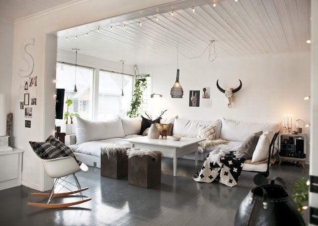 Negro, blanco y grises. Equilibrio en una preciosa casa de estilo nordico