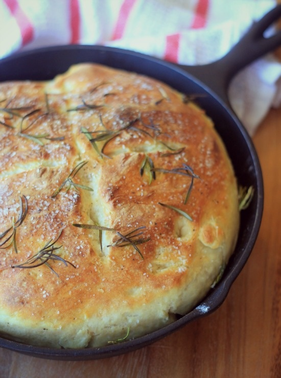 Easy No-Knead Skillet Bread - i want to try this with gf flour