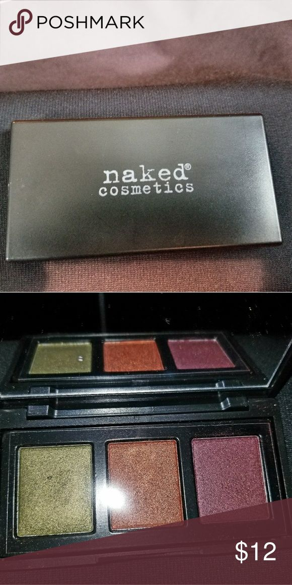 Naked Cosmetics Pressed Eyeshadow *Urban Rustic Trio *Shimmery eyeshadow * Comes with box and clear top ❌I did swatch the colors with clean hands, but never used. Naked Cosmetics Makeup Eyeshadow