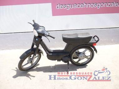 Motodesguace Hermanos González, expertos en recambios de motos
