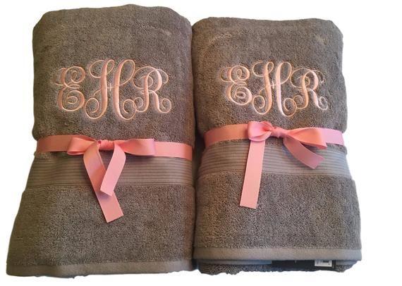 Monogrammed Bath Towel Monogrammed Towels Monogrammed Towel Graduation Gift Back To School Monogram T Monogrammed Bath Towels Monogram Towels Monogrammed Bath
