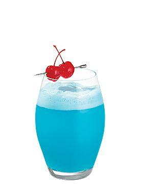 Cocktail Bleu givré avec la liqueur de citron bio Dolce Cilento. A retrouver sur Tutti Cello www.tutticello.com