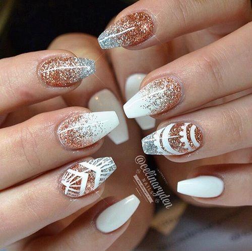 Imagen de nails, gold, and silver