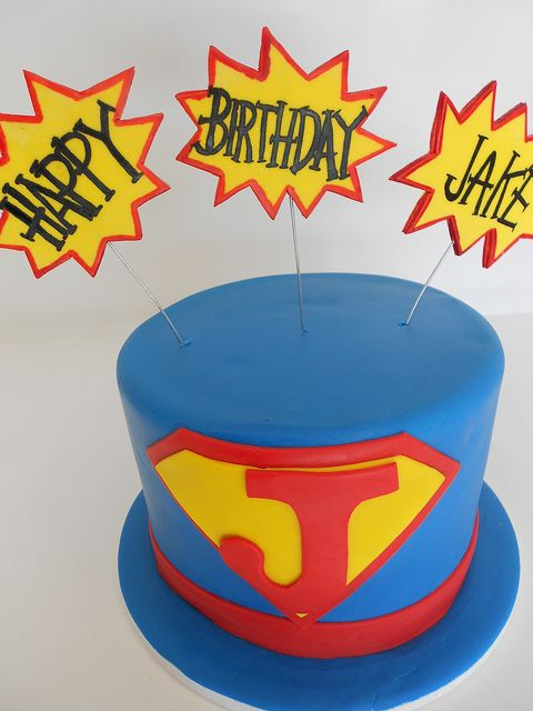 25+ best ideas about Superman birthday cakes on Pinterest ...