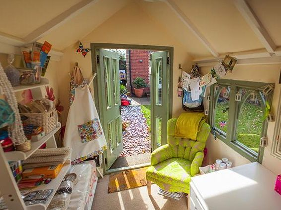 Today, I bring you some photos of Manjit Sidhu's glorious sewing shed, which I've kindly been given permission to share with you. I fi...
