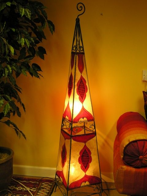Floor standing henna lamp in natural and red. http://www.maroque.co.uk/showitem.aspx?id=ENT05700&s=20-30-179