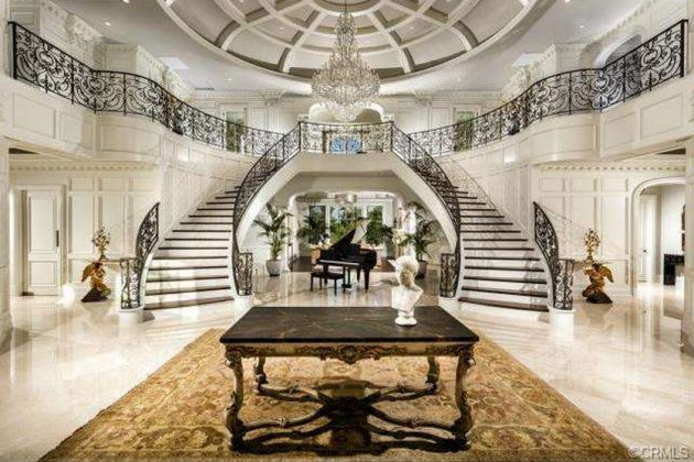 Grand Foyer Double Staircase : Glorious mansion staircase designs that are going to