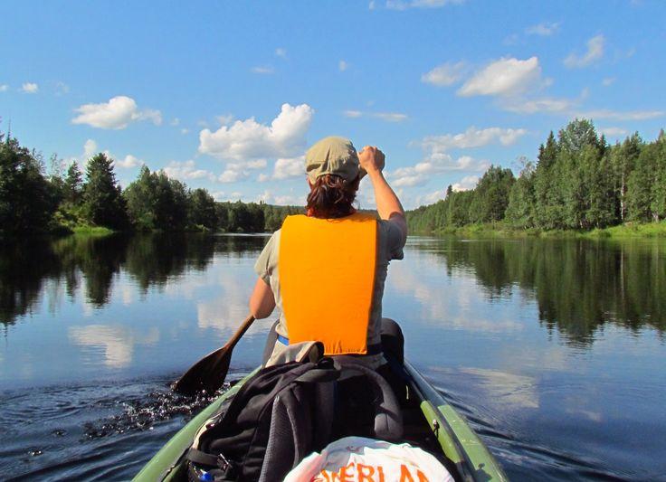 Canoeing on the river Iijoki, Jokijärvi, Taivalkoski, Lapland, Finland www.saija.fi