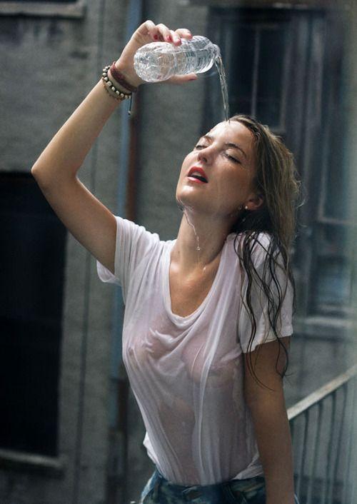 Wet tee shirt girl