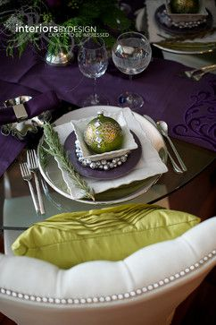 Christmas Table Setting Ideas – Purple and Green | Christmas DecoratedChristmas Tables Sets, Green Christmas, Alberta Canada, Colors Palettes, Contemporary Dining Rooms, Christmas Decor, Christmas Places, Dining Room Design, Christmas Tables Decor