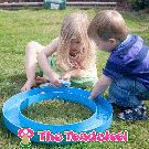 Sand castle moat - water play with Haba squirters