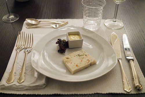 Une terrine luxueuse pour votre  apéritif de Noël : la terrine de noix de Saint-Jacques ! ♥ http://www.aperibreizh.fr/buffet-froid/terrine-st-jacques.html