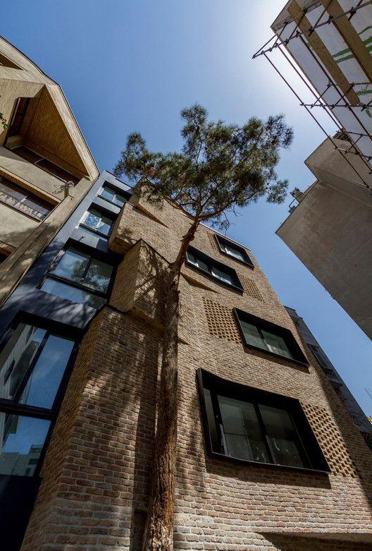 Villa Apartamentos Residenciales,© Ali Daghigh