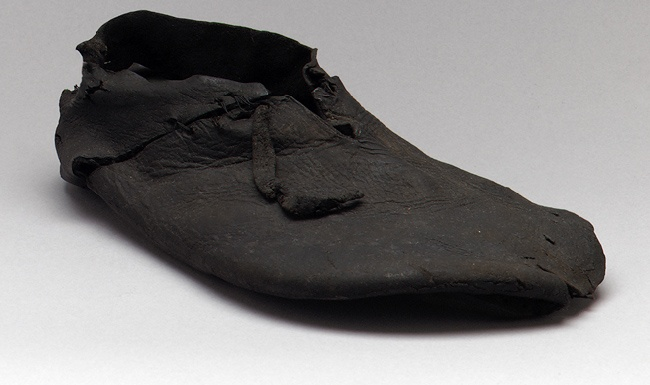 Another style.    Shoes [English] (29.158.892,3,6) | Heilbrunn Timeline of Art History | The Metropolitan Museum of Art