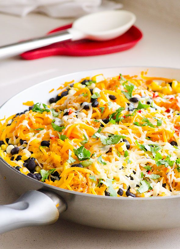 Butternut Squash Noodles Tex Mex Style is a 15 minute vegetarian dinner with salsa and taco flavours and vegetables like corn and black beans.