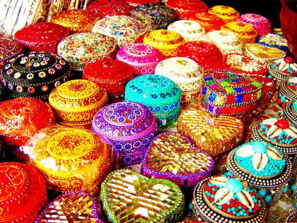 Wedding Giveaways Ideas India : ... about Wedding Favors on Pinterest Wedding, Party favors and Indian