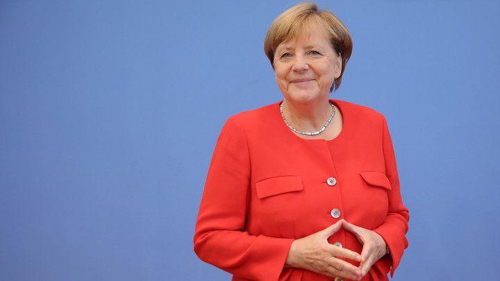 Zdfzeit Mensch Merkel Die Kanzlerin Und Die Deutschen Angela