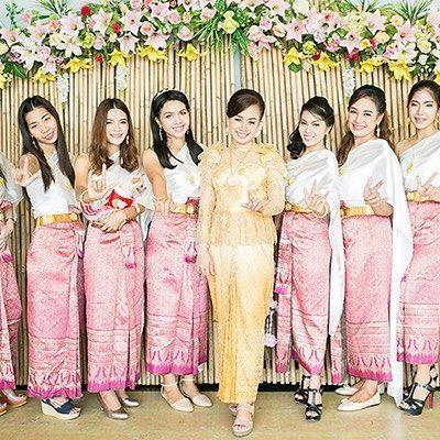 Thai style wedding. #photographer #thaiphotographer #ภายภาพแต่งงาน #ถ่ายภาพโรงแรมรีสอร์ท #ช่างภาพกระบี่ #ช่างภาพสมุย +66 (0)8 7387 8388 📡 krabiweddingthailand@gmail.com 📲Line: eddphotographer 🏠Fb: krabiweddingthailand 🚩www.krabiweddingthailand.com