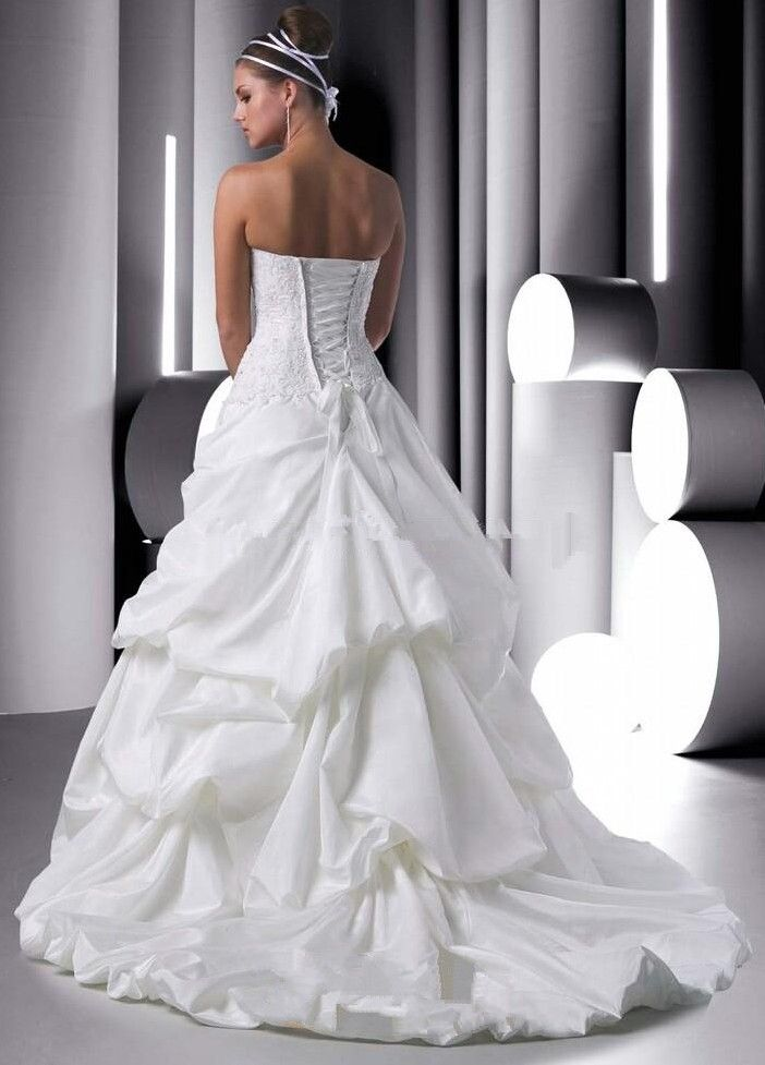21 best images about romantic wedding on pinterest for Bubble skirt wedding dress