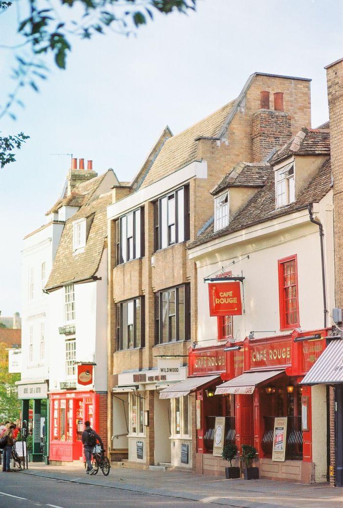 Exploring the City of Cambridge England   photography by http://urskadomen.si/en/