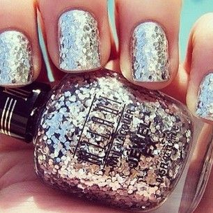 cool metallic polish :): Silver Glitter, Pink Sparkle, Nails Art, Pink Nails, Glitter Nails, Sparkle Nails, Nails Polish, New Years, Sparkly Nails