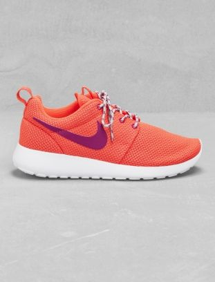 Nike Roshe Run orange
