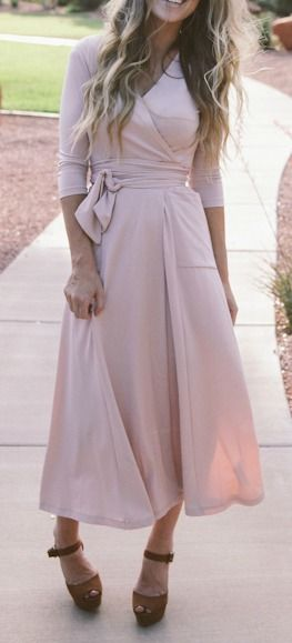 Wrap midi dress (find wrap dress patter, add length, pocket and extra length for tie).