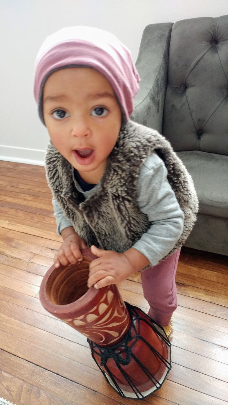 Bamboo children's hat and pants. Canadian made. Children's fashion. Baby girl. Mixed Baby. Lil Slouchies