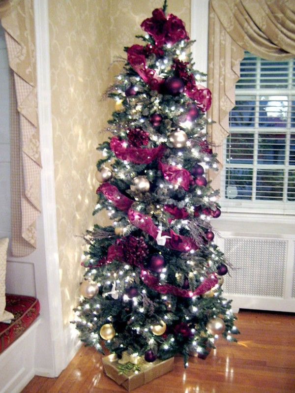 Gold and purple for the Christmas tree