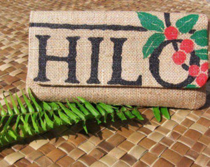 MTO. Custom. Hilo arpillera envolvente embrague. Repurposed Hilo café molino bolsas de café. Hecho a mano en Hawaii.