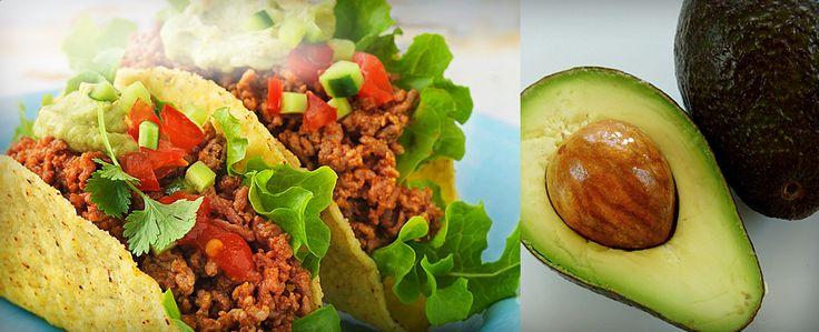 Tacot ovat friteerattuja tai kuivattuja, keltaisesta maissijauhosta leivottuja tortilloja. Ne täytetään yleensä lihalla, pavuilla, salaatilla ja kastikkeilla. Tämän reseptin perinteiset tacot täytetään hyvin maustetulla jauhelihalla, tuoreilla kasviksilla ja maukkaalla juustolla. Hyviä lisäkkeitä ovat guacamoleja tacokastike.