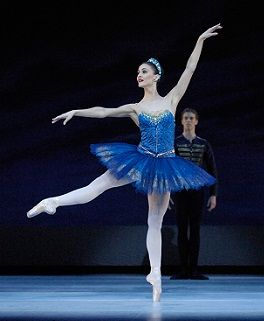 Olivia Bell in Ballet Imperial. Photo Jim McFarlane ...