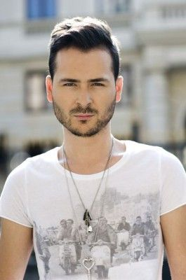 Edward Maya Photo Shot