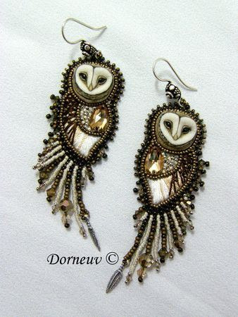 Chouette (owl) earrings by French artist Dorneuv _ I love how she's integrated the threading to create the softness of the owl's bodies, how she's convincingly built them out of beads & I really want to know where she got those owl head pieces that she built these earrings around!