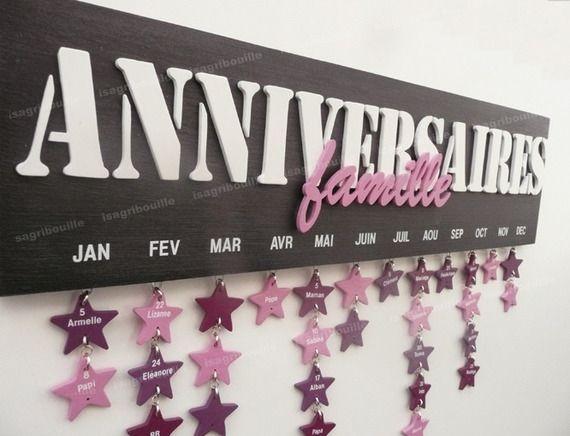 calendrier d'anniversaire Mémo perpétuel en bois découpé avec étoiles